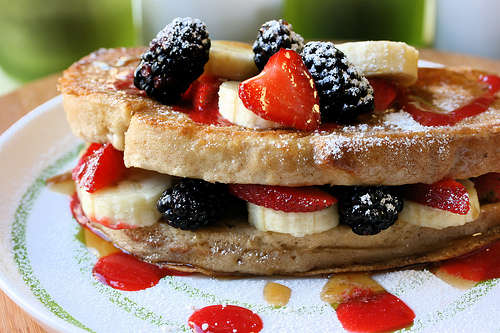 Name:  french toast with berries.jpg