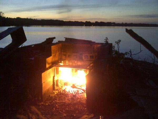 Name:  campfire.jpg Views: 135 Size:  22.6 KB