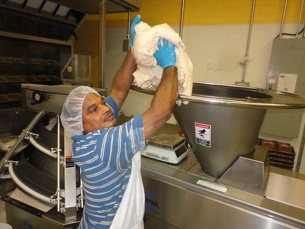 Name:  putting-bread-dough-in-hopper2a.jpg Views: 543 Size:  36.8 KB