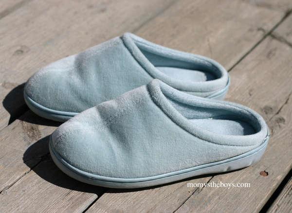 Name:  slippers-2.jpg Views: 60 Size:  37.2 KB