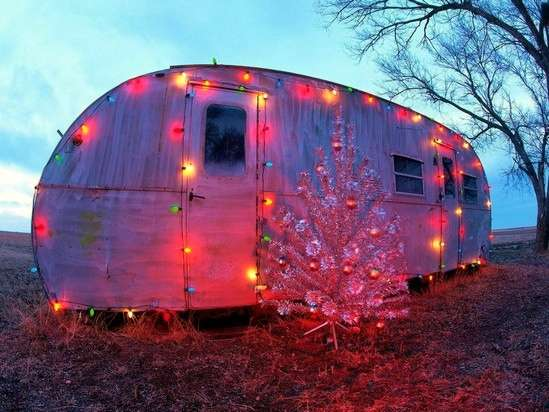 Name:  Christmas-Caravan.jpg Views: 220 Size:  66.3 KB