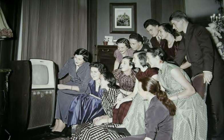 Name:  TV for Christmas.jpg Views: 53 Size:  77.0 KB