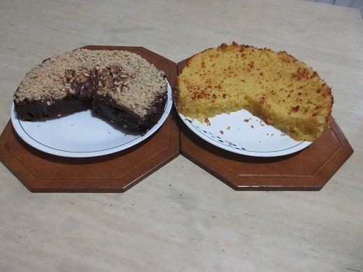 Name:  flourless choc walnut torte and gf lemon cornbread cake.jpg Views: 60 Size:  86.4 KB