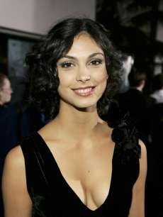 Name:  106082_morena-baccarin-poses-at-the-universal-pictures-premiere-of-serenity-held-at-universal-st.jpg Views: 55 Size:  7.5 KB