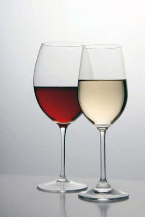 Name:  red-white-wine-glass.jpg Views: 67 Size:  28.4 KB