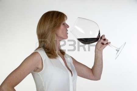 Name:  unbelievable-woman-large-glass-zWceG.jpg Views: 293 Size:  9.1 KB