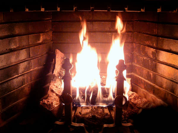 Name:  Fireplace_Burning.jpg
