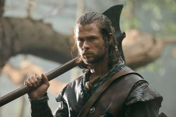 Name:  Chris-Hemsworth-in-Snow-White-and-the-Huntsman-2012-Movie-Image-21-600x400.jpg