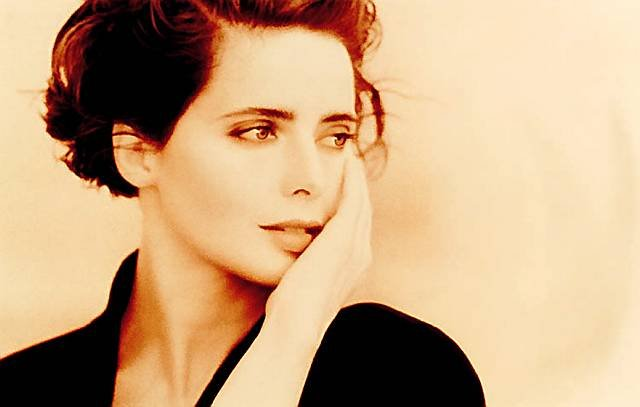 For Walkonby Isabella Rossellini