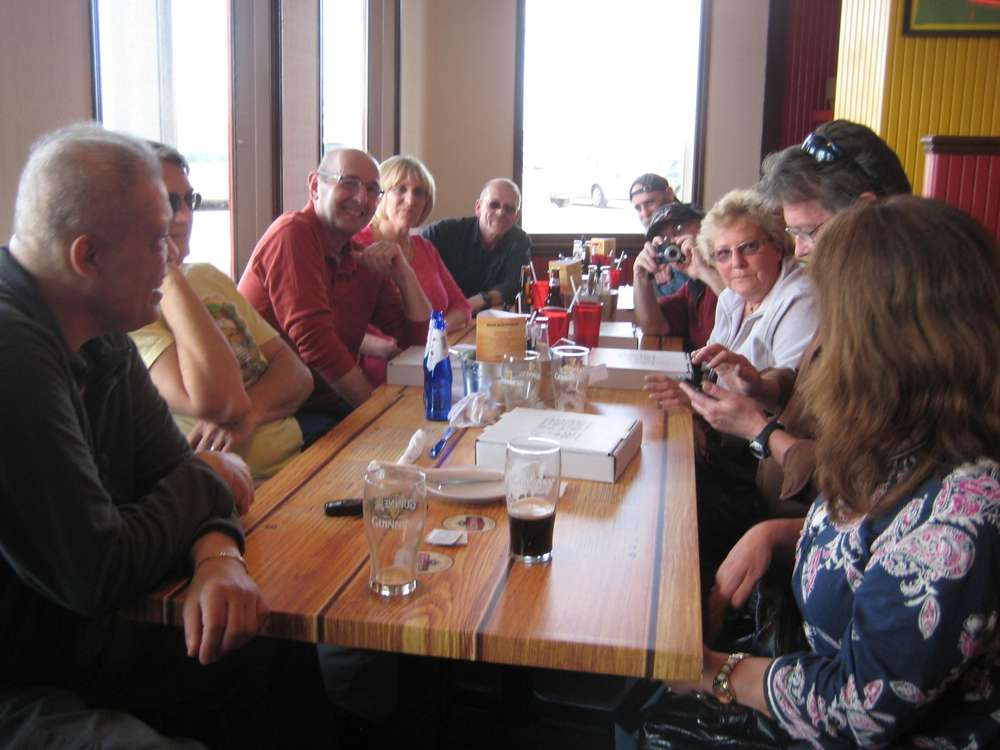 Name:  Q family lunch may 2014 013.jpg Views: 43 Size:  66.0 KB